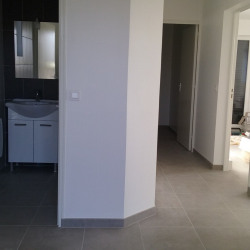 Location Local d'activités Le Mesnil-Saint-Denis 73 m²