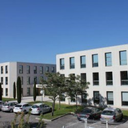 Location Bureau Les Milles 207 m²