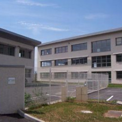 Location Bureau Saint-Genis-Laval 888,62 m²
