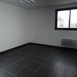 Location Bureau Fontenay-Trésigny 85 m²
