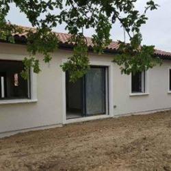 Maison  3 pièces + Terrain  220 m² Espondeilhan