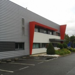 Location Local d'activités Aigrefeuille-sur-Maine 1709 m²