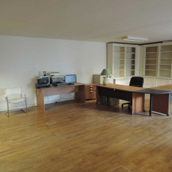 Vente Bureau Le Chesnay 107,7 m²
