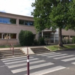 Location Bureau Clermont-l'Hérault 85 m²