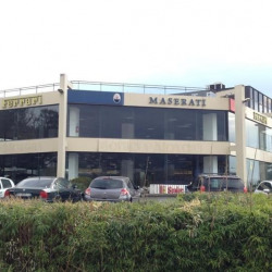 Location Local commercial Cannes la Bocca 1290 m²