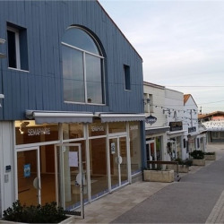 Location Local commercial La Cotiniere 100 m²