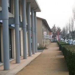 Location Bureau Villefranche-sur-Saône 74 m²
