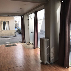 Location Local commercial Paris 17ème 70 m²