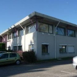 Location Bureau Eybens 218 m²