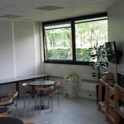 Vente Bureau Montigny-le-Bretonneux 2180 m²