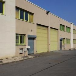 Location Entrepôt Émerainville 1458 m²