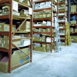 Location Local d'activités Valergues 750 m²
