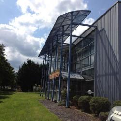Vente Local d'activités Neschers 872 m²