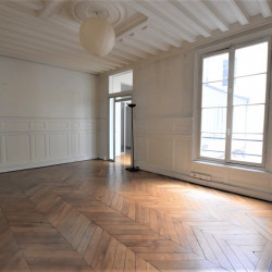 Location Bureau Paris 1er 71 m²