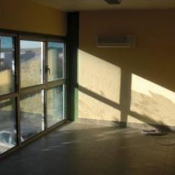 Location Local d'activités Éguilles 195 m²