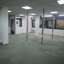 Location Bureau Cachan 197,74 m²