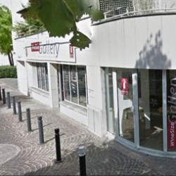 Location Local commercial Courbevoie 133 m²