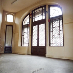 Location Local commercial Paris 17ème 55,6 m²