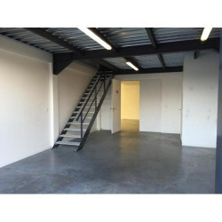 Location Local commercial Saint-Jean-d'Illac 290 m²