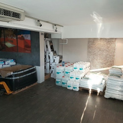 Location Local commercial Antibes 190 m²