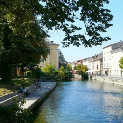 Vente Local commercial L'Isle-sur-la-Sorgue 105 m²