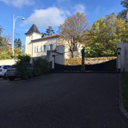 Location Bureau Genas 70 m²