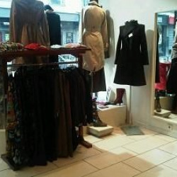 Fonds de commerce Prêt-à-porter-Textile Paris 11ème 0