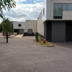 Location Local d'activités Saint-Ouen-l'Aumône 1013 m²
