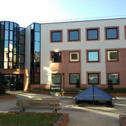 Location Bureau Jouy-en-Josas 336,5 m²