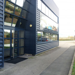 Vente Local d'activités Vourles 2567 m²