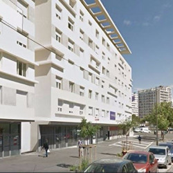 Location Local commercial Marseille 3ème 375 m²