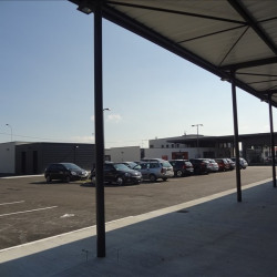 Location Local commercial Châteauroux 360 m²