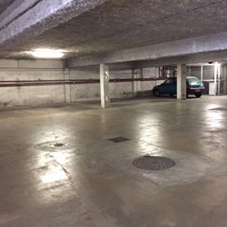 Location Local commercial Marseille 8ème 1200 m²