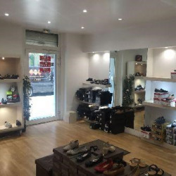 Vente Local commercial Paris 17ème 59 m²