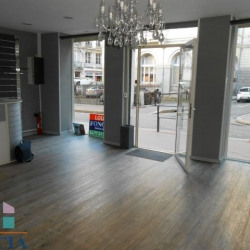 Location Local commercial Saint-Étienne 43,59 m²