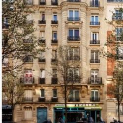 Location Local commercial Paris 15ème 66 m²