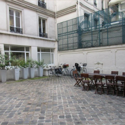 Location Bureau Paris 9ème 2029 m²