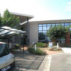 Location Bureau Toulouse 697 m²