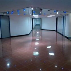 Location Bureau Saint-Ouen 1046 m²