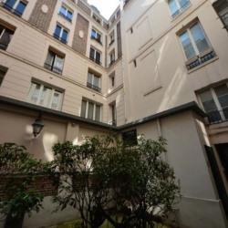 Vente Bureau Paris 1er 73 m²
