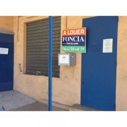 Location Local commercial Gardanne 52,12 m²