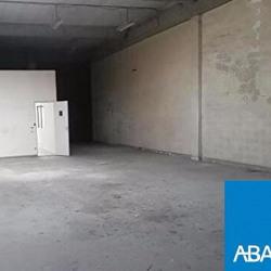 Location Entrepôt Blanquefort 250 m²