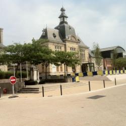 Location Local commercial Saint-Pierre-des-Corps 108 m²