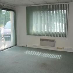 Location Bureau Coignières 138 m²