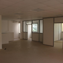 Location Bureau Vitrolles 242 m²