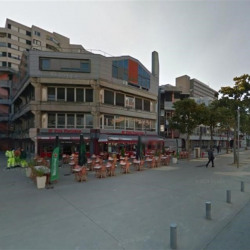 Vente Local commercial Évry 478 m²