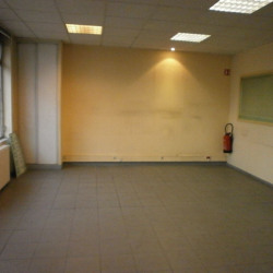 Location Local commercial Brie-Comte-Robert 78 m²