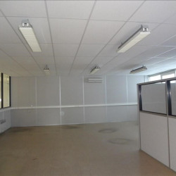 Vente Local commercial Luant 484 m²