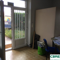 Location Local d'activités Clermont-Ferrand 377 m²