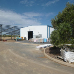 Location Local d'activités Pézenas 600 m²
